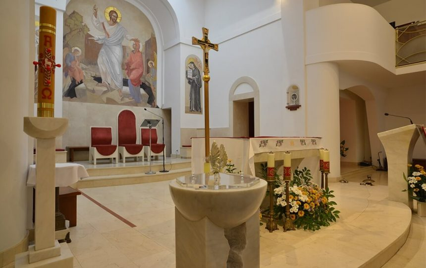 chrzcielnica (1)